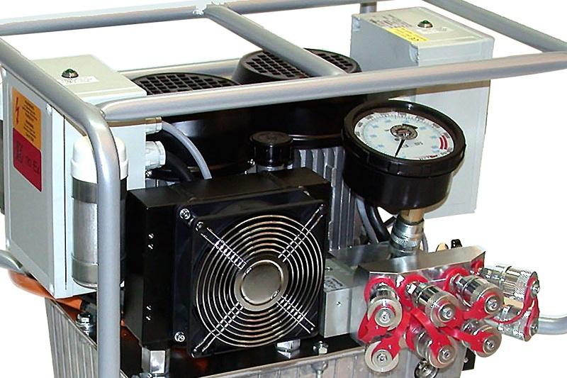 hydraulic tool pump torque